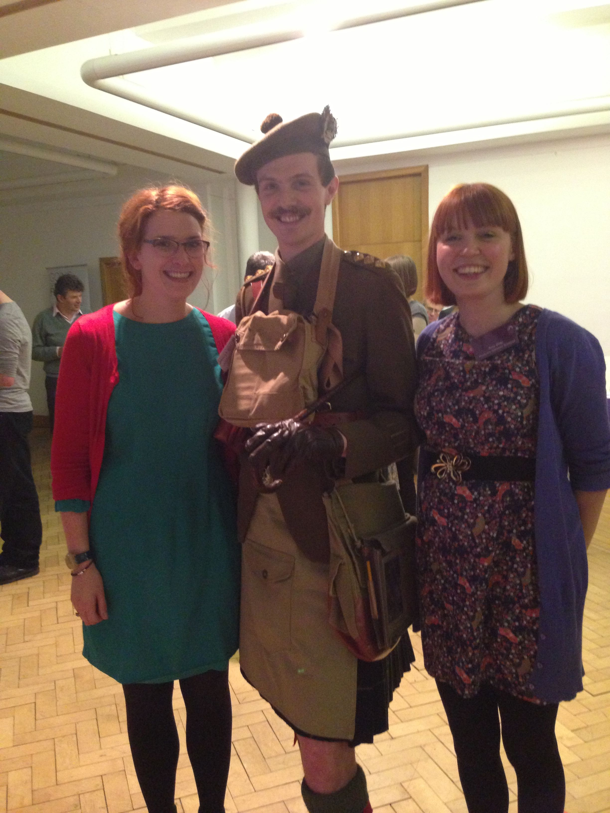 Museum curators meet Gordon Highlanders solider 1914 - 1918 at World War One marketplace event #WWI