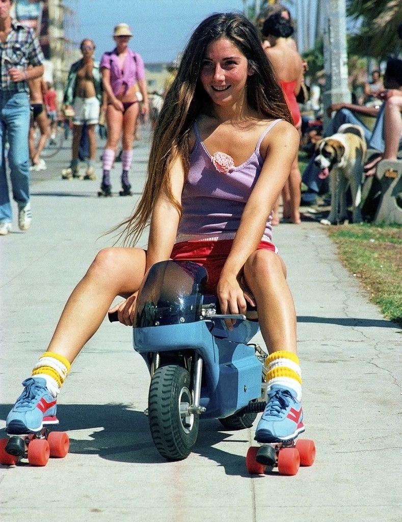 Venice Beach Rollerskaters 79