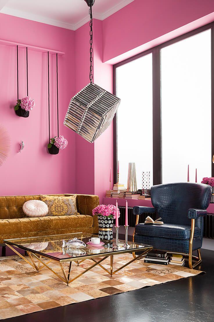 Une Collection De Meubles Design Et Chic Pour Creer Une Decoration D Interieur Racee Avec Une Touch Deco Interieure Decoration Interieure Collection De Meubles