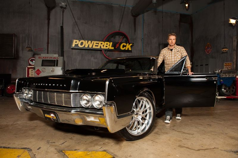 hitandrun 1967 lincoln contintental with suicide doors and 700 hp it s a very loud car it s. Black Bedroom Furniture Sets. Home Design Ideas