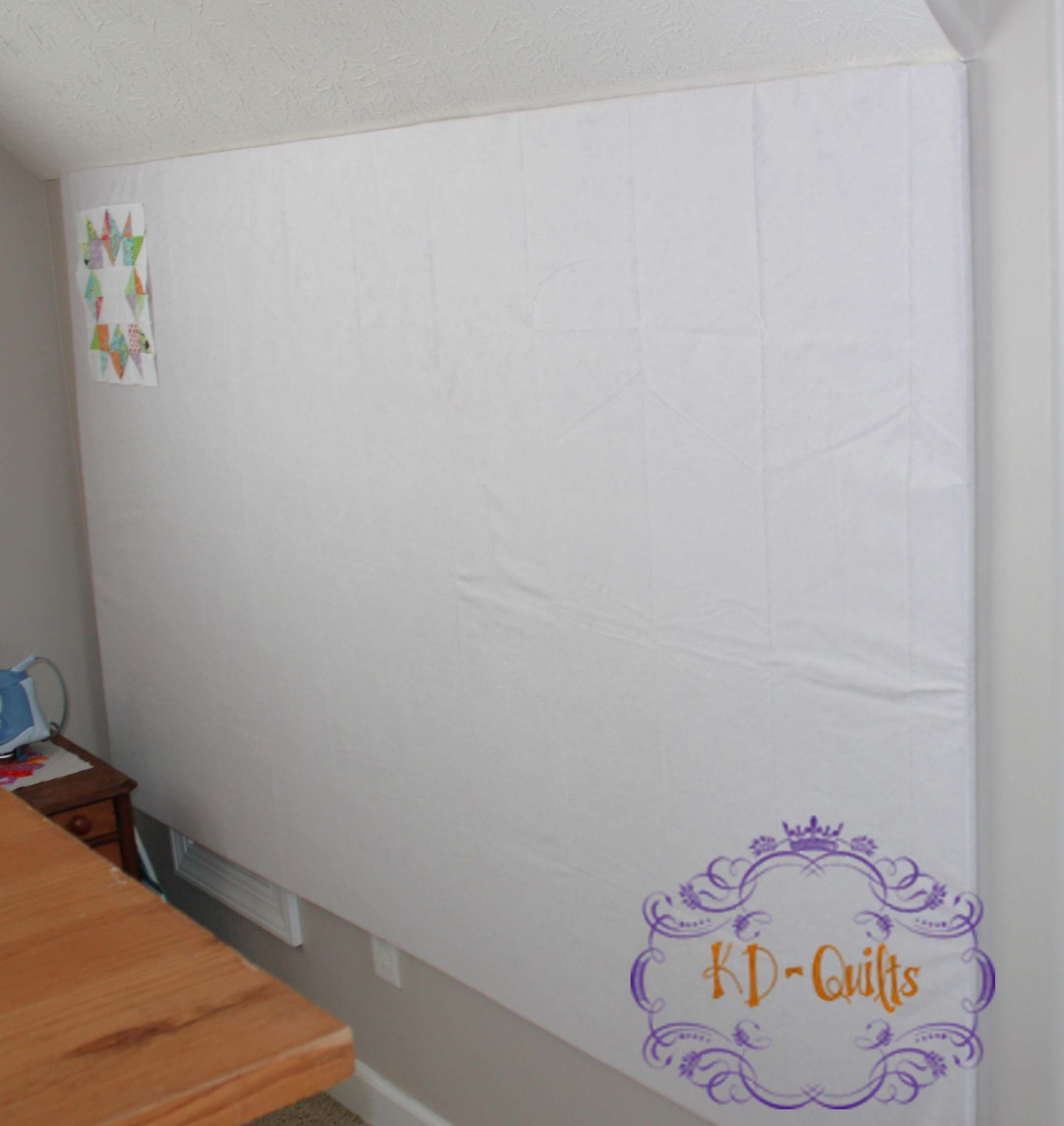 Design Wall For Under 20 Using 6 8 Piece Of Insulation Foam Core Board From Home Depot A Rectangular Vinyl Tabl Quilt Design Wall Quilting Room Quilt Retreat