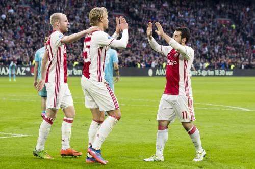 Ajax verslaat FC Twente