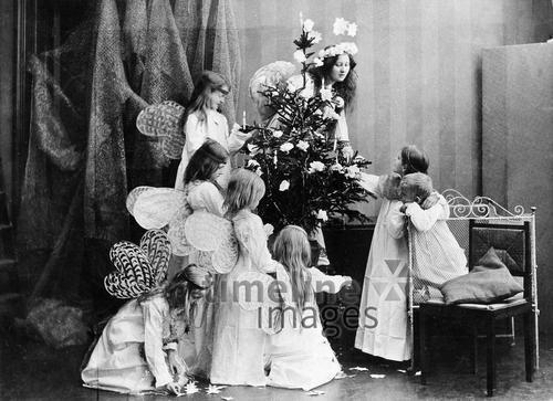 weihnachtsbilder kinder als engel verkleidet ullstein. Black Bedroom Furniture Sets. Home Design Ideas