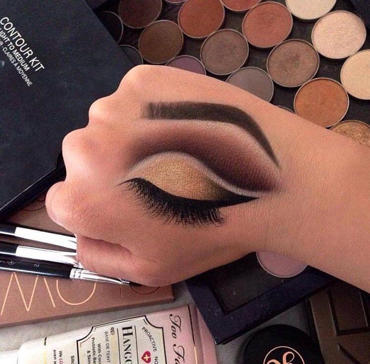 Pinterest Brittesh18 Hand Makeup Makeup Drawing Eye