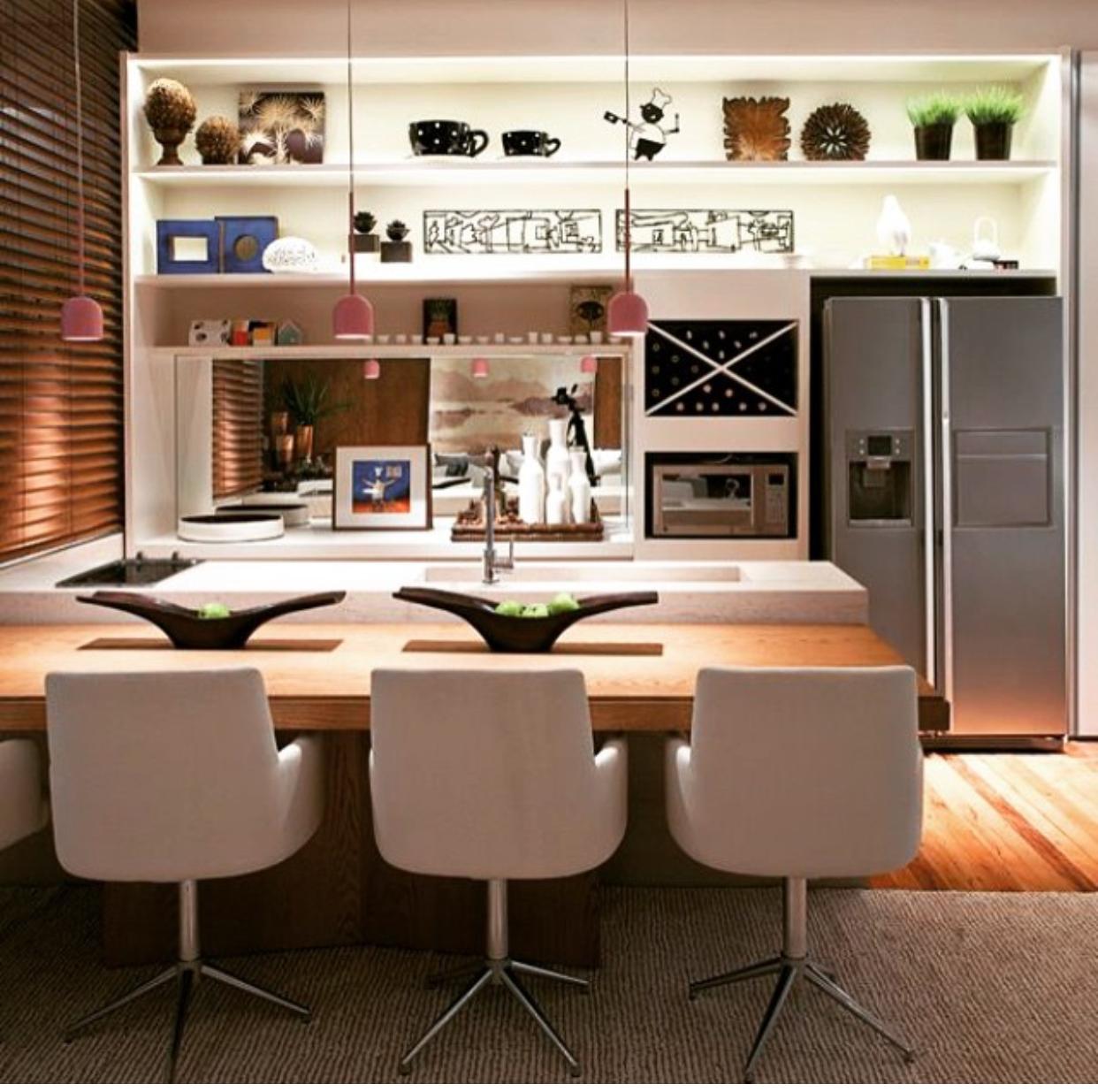 Sala De Jantar Integrada Cozinha Gourmet Estante Geladeira Side  -> Cozinha Integrada Com Sala De Jantar Pequena