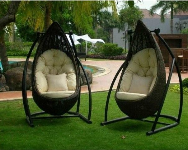 New Design Outdoor Patio Rattan Hanging Swing Chair Furniture Omr