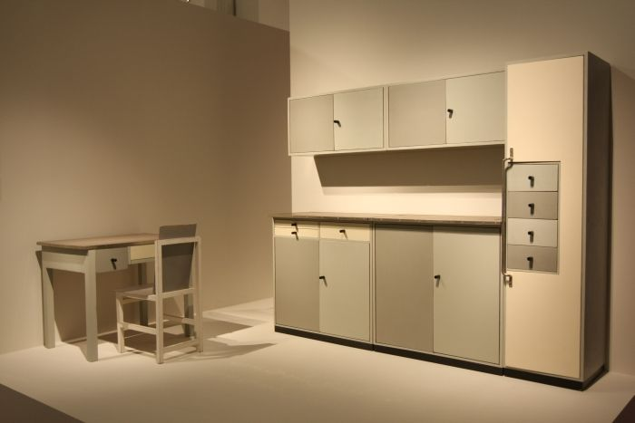 Bauhaus archiv berlin sammlung bauhaus marcel breuer kitchen vogler surgery berlin 1929 kitchen - Bauhaus kuchenmobel ...