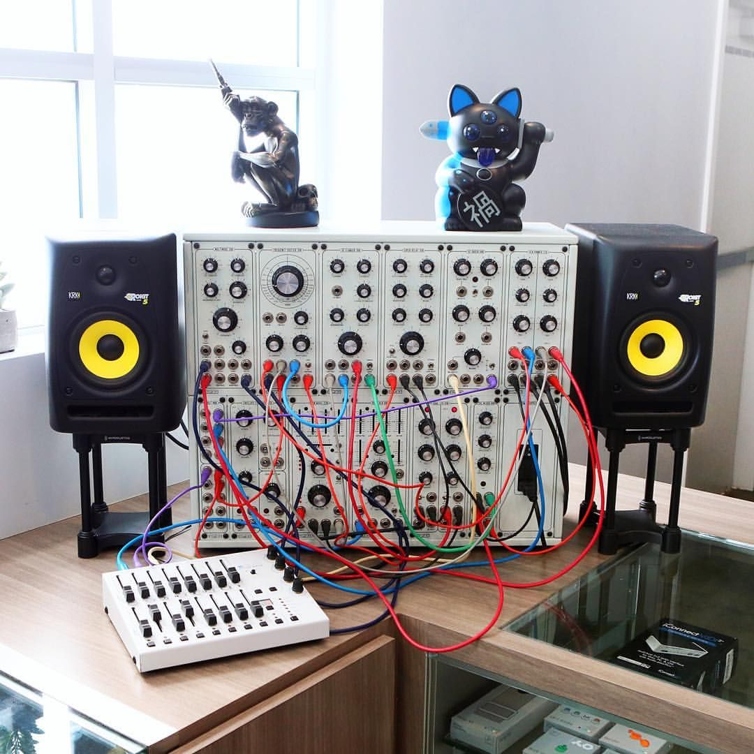 modcan modular synthesizer recording studio and equipments in 2019. Black Bedroom Furniture Sets. Home Design Ideas