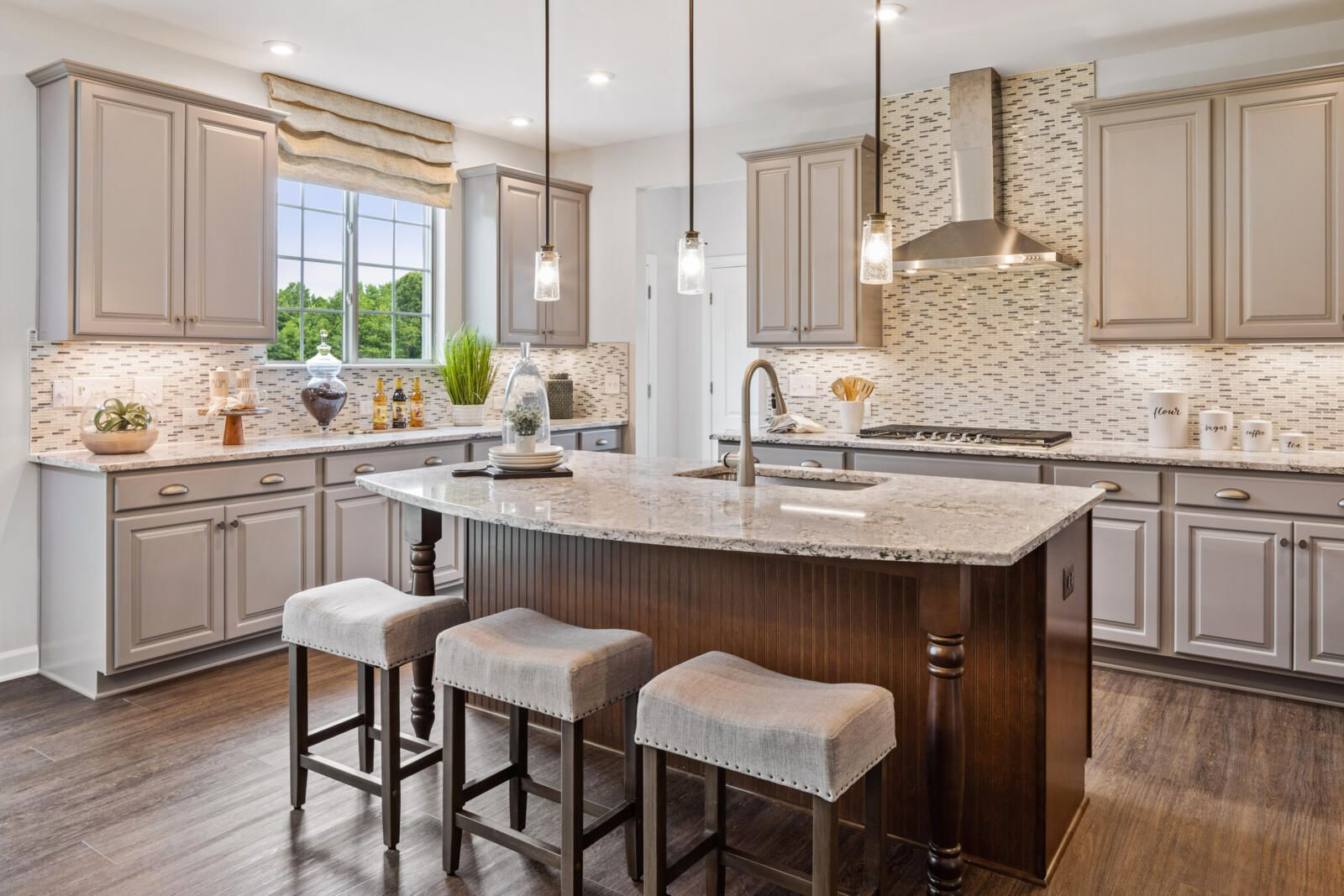 Kitchen With Painted Cabinets In 2020 With Images Kitchen Inspirations Painting Kitchen Cabinets