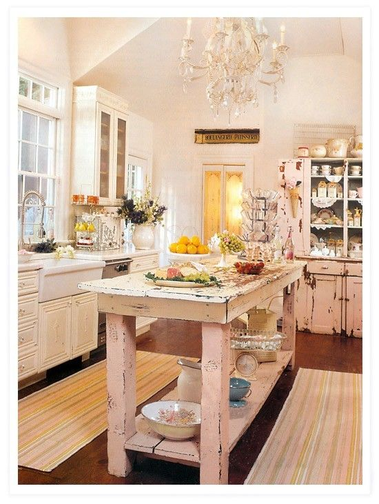 Arredare una cucina in stile shabby chic - Cucina shabby rosa ...