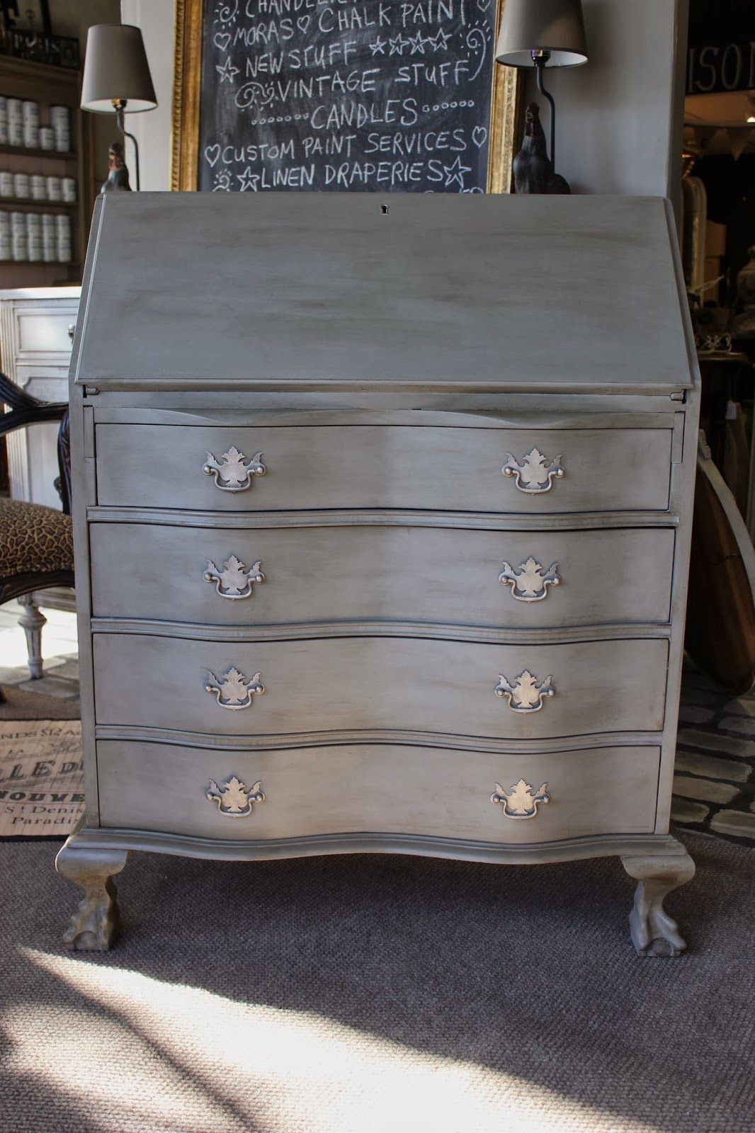 updating a desk with chalk paint painted furniture chalkboard rh pinterest com