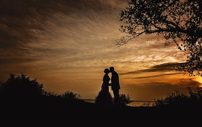 Wedding photography, wedding, bride, groom, bride and groom portraits, wedding silhouette, silhouette