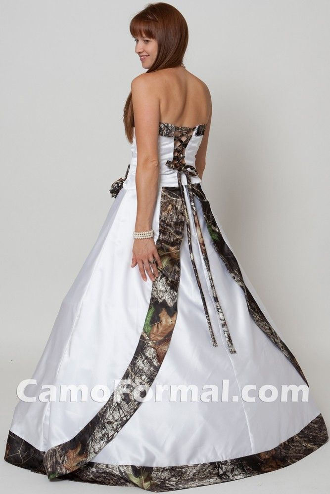 Pin By Cari Haug On Camo Dresses Camouflage Wedding Dresses Camo Bridesmaid Dresses Camo Wedding Dresses