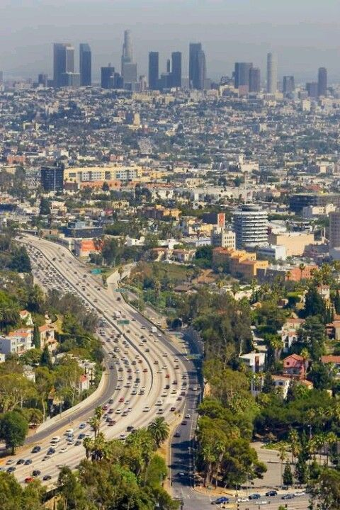 The 101 Freeway And Los Angeles Downtown From Mulholland Drive In Hollywood California Downtown Los Angeles Los Angeles Los Angeles California