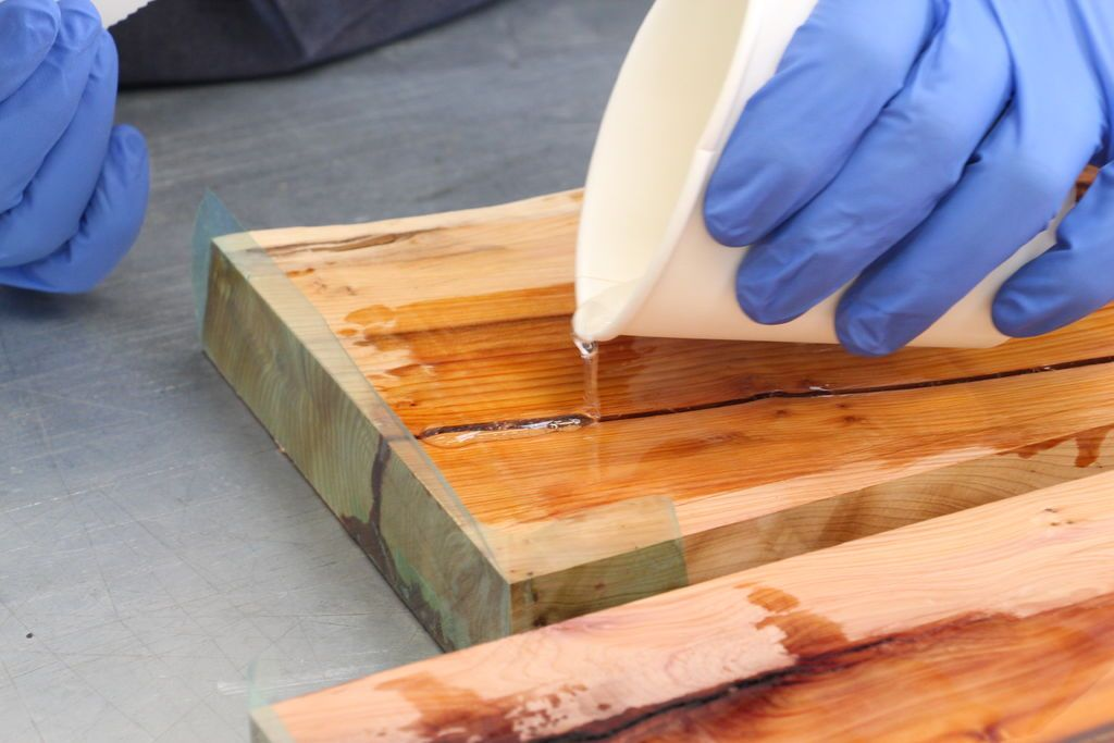 Diy Resin River Table Using Clear Epoxy Casting Resin And