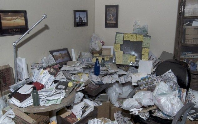 Filthiest Homes | The Filthiest, Dirtiest Computer Stations In People's Homes [PHOTOS]