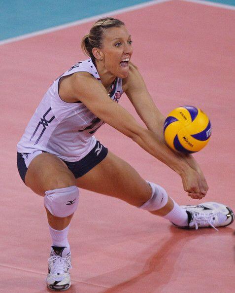 Pin By Jesus On Jordan Larson Usa Volleyball Volleyball Pictures Female Volleyball Players