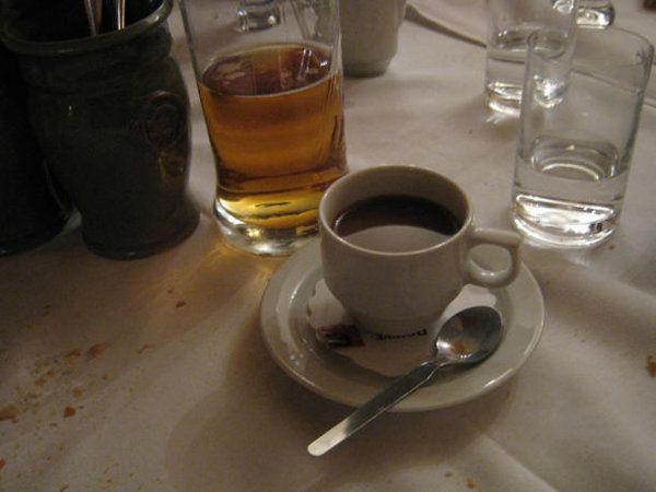 Elegir entre cerveza o café puede hacerte envejecer | Ciencia curiosa - Yahoo Noticias