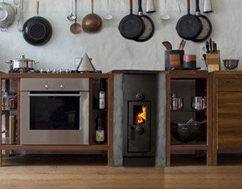 die klassischen kachelofen von castellamonte sind echte blickfanger, küchenherd | küche | pinterest | küchenherde, ofen und küche, Ideen entwickeln