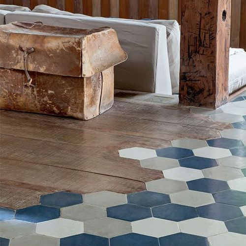 Des couleurs parquet et carrelage hexagonal un mix for Carrelage hexagonal parquet