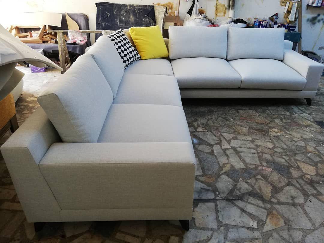 Ozel Olcu Kose Takimlari Wwwdeevans Net Kanepe Kumas Nubuk Kosekoltuk Modoko Icdekorasyon Boya Berjer Yatakodasi Home In 2020 Sectional Couch Furniture Couch