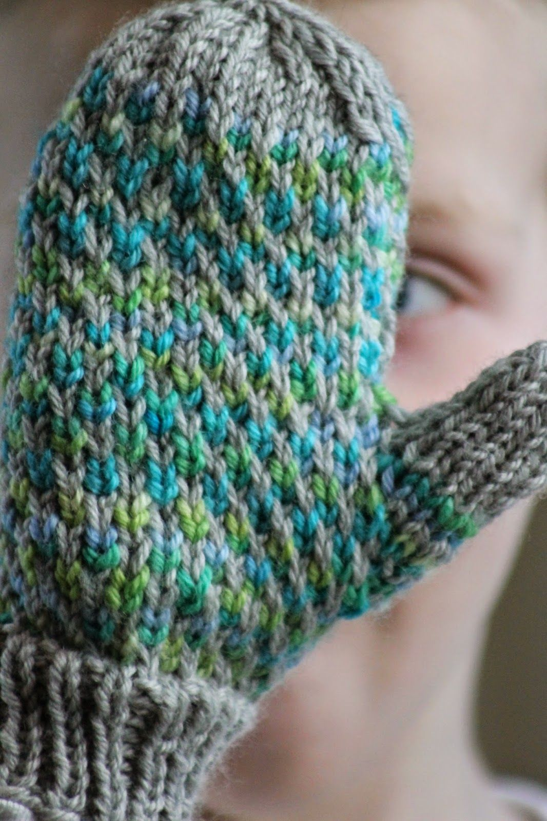 Minky Mittens | Knit patterns, Mittens and Yarns