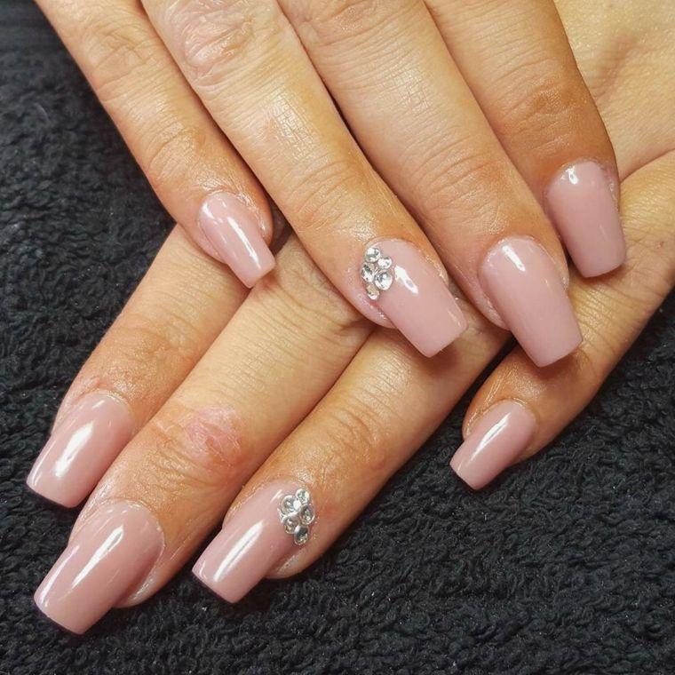 nail art semplice ed elegante, unghie rosa antico lunghe e ...