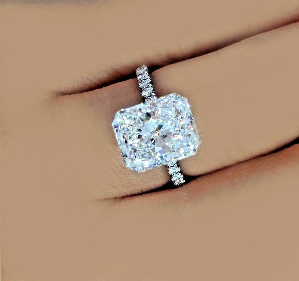 One of a kind ctw gia certified radiant cut diamond engagement