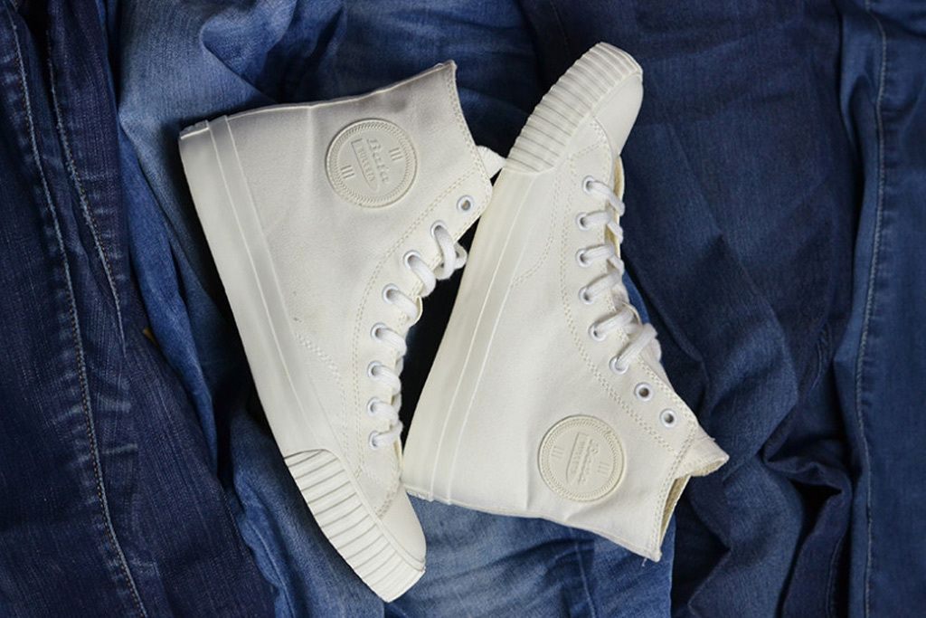 b9785f958fc097 Bata Shoes Brings Back Bullets Sneaker Line