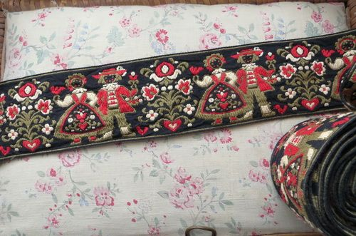 Vintage roll of folk art embroidered trimming