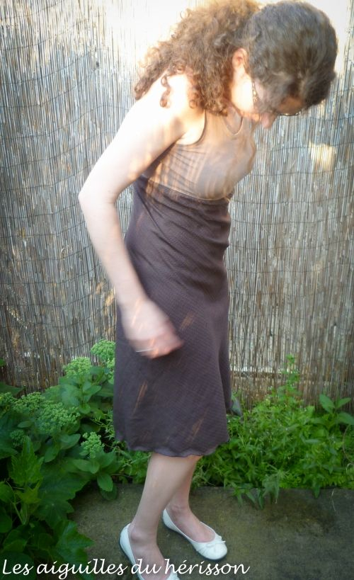 Burda 06/2012 mod 112  + http://talk2thetrees.blogspot.be/2010/07/how-to-make-easy-high-waisted-dress-for.html