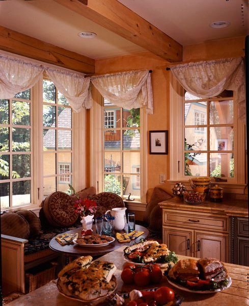 Kitchen Nook Curtains: Breakfast Nooks
