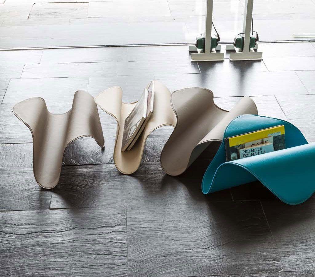 Stropiccia un foglio del tuo libro preferito... Ecco da qui nasce la forma di Fly http://www.idfdesign.it/complementi-arredo-2/fly.htm ( Crumple a piece of your favorite book ... Hence born the shape of Fly ) http://www.idfdesign.com/furniture-and-accessories-2/fly.htm [ #design #designfurniture #ToninCasa #Tonin #PortaRiviste #magazineRack ]