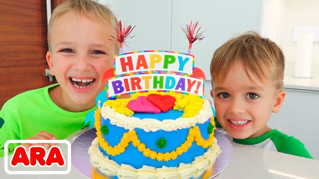 مفاجآت وحلويات عيد ميلاد فلاد آند أمي Youtube Birthday Happy Birthday Cake