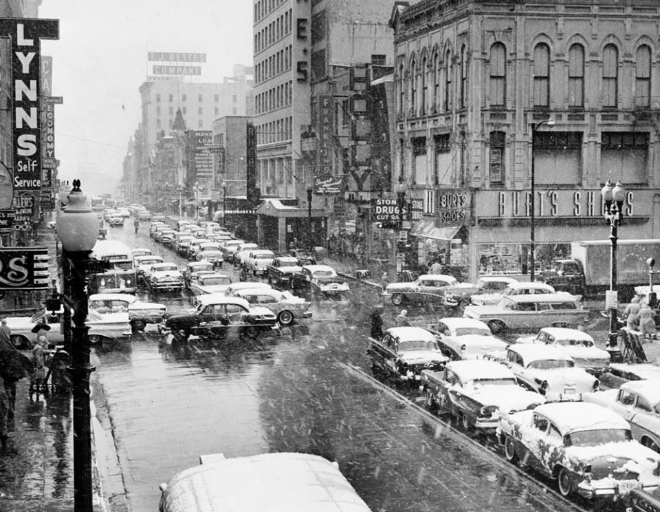 Main Street Downtown Houston Texas 1960 Snow Storm Houston History Downtown Houston Texas Historic Houston
