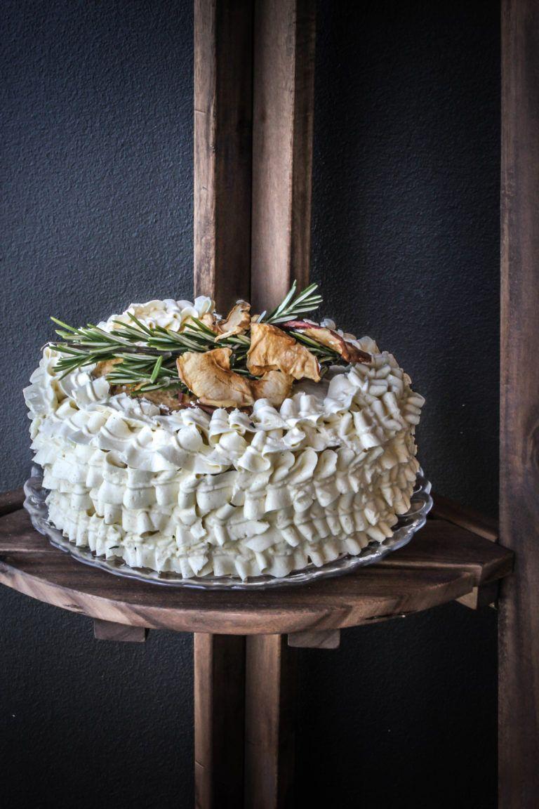 Img_6215 cinnamon cake butter cream sweet taste