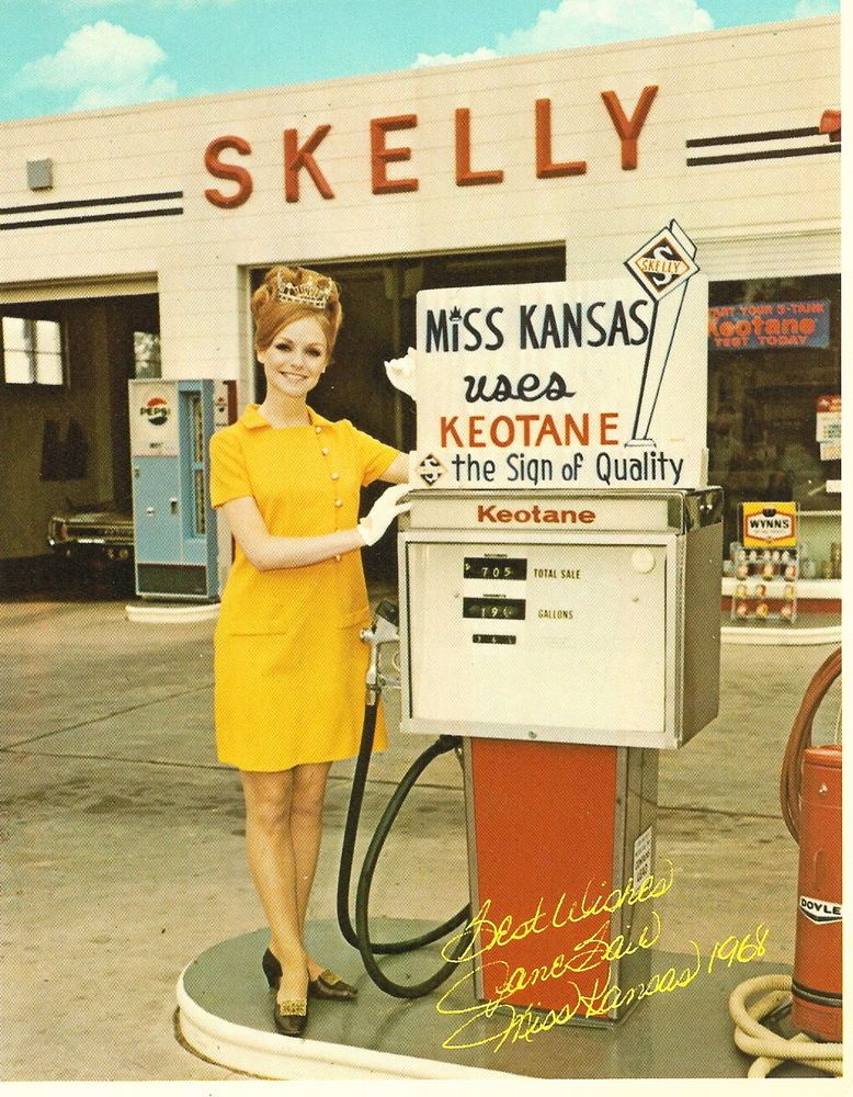 1 VINTAGE 5x7 SKELLY GAS STATION SERVICE PUMPS MISS KANSAS  color white borders