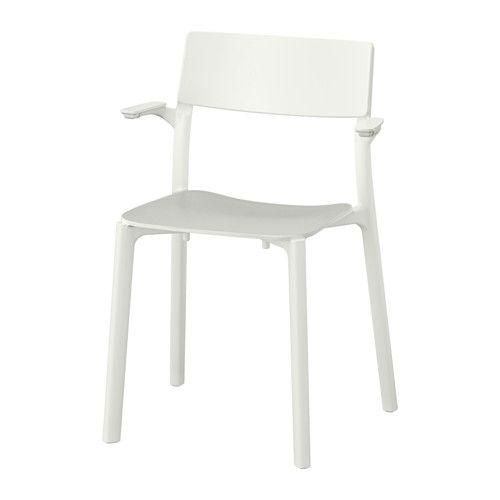 JANINGE Sillón IKEA Las sillas se pueden apilar para ahorrar espacio cuando no…