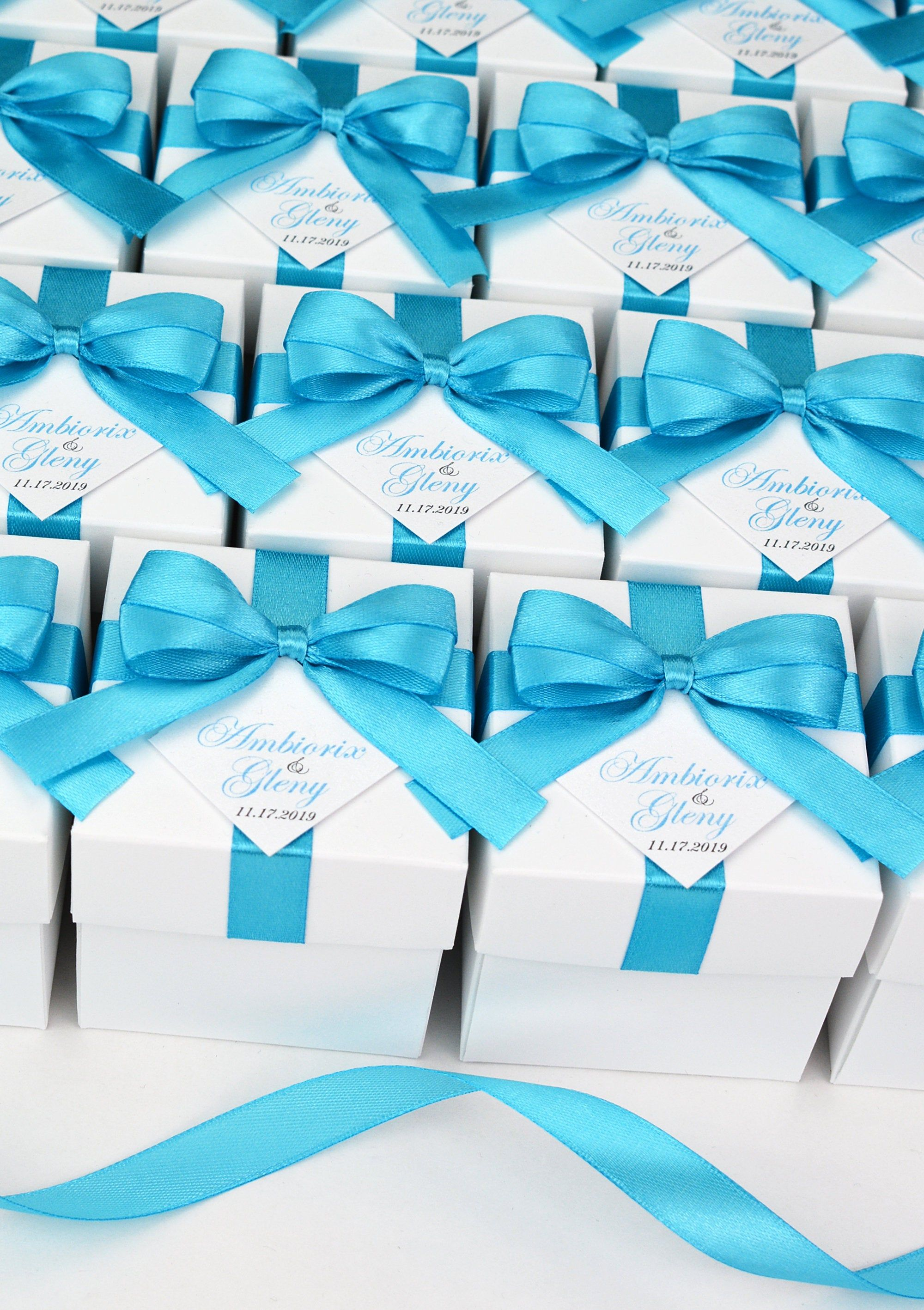 Wedding favor boxes with Light Blue satin ribbon bow and your names, Elegant Turquoise Personalized Wedding Bonbonniere Candy box for guests #personalizedweddingfavors