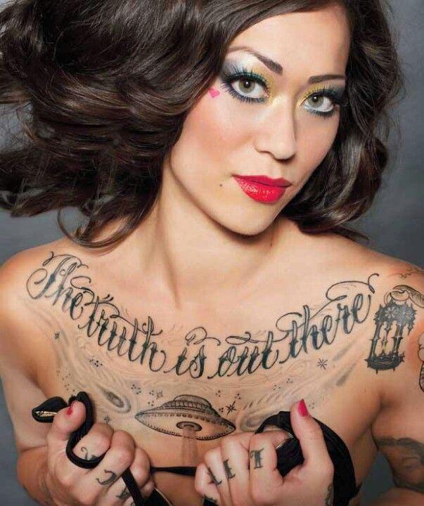 Chest Tattoo Tatoo Borsten Vrouwen Tatoeage