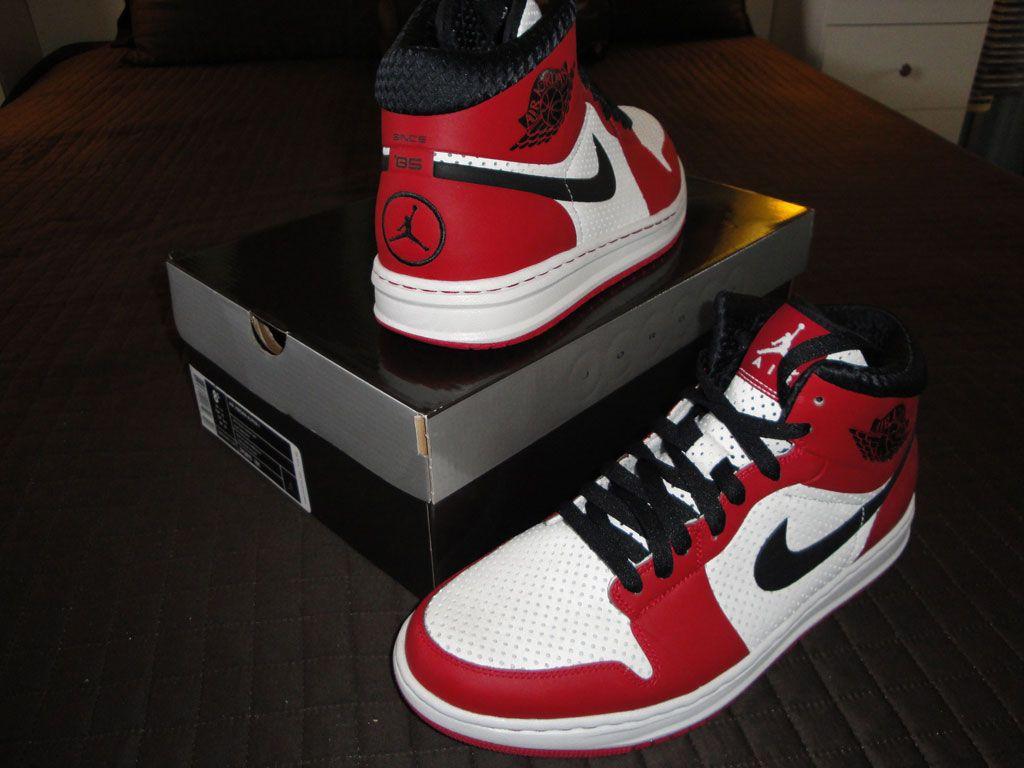 Jordan 1 Alpha 1 Chicago (8.5) (2010