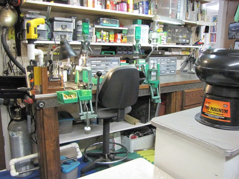 Reloading Rooms And Benches On Pinterest Reloading Bench