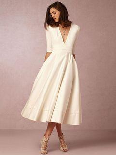 Vintage Skater Dress White Plunging Neckline Short Sleeve Pleated Fit Flare