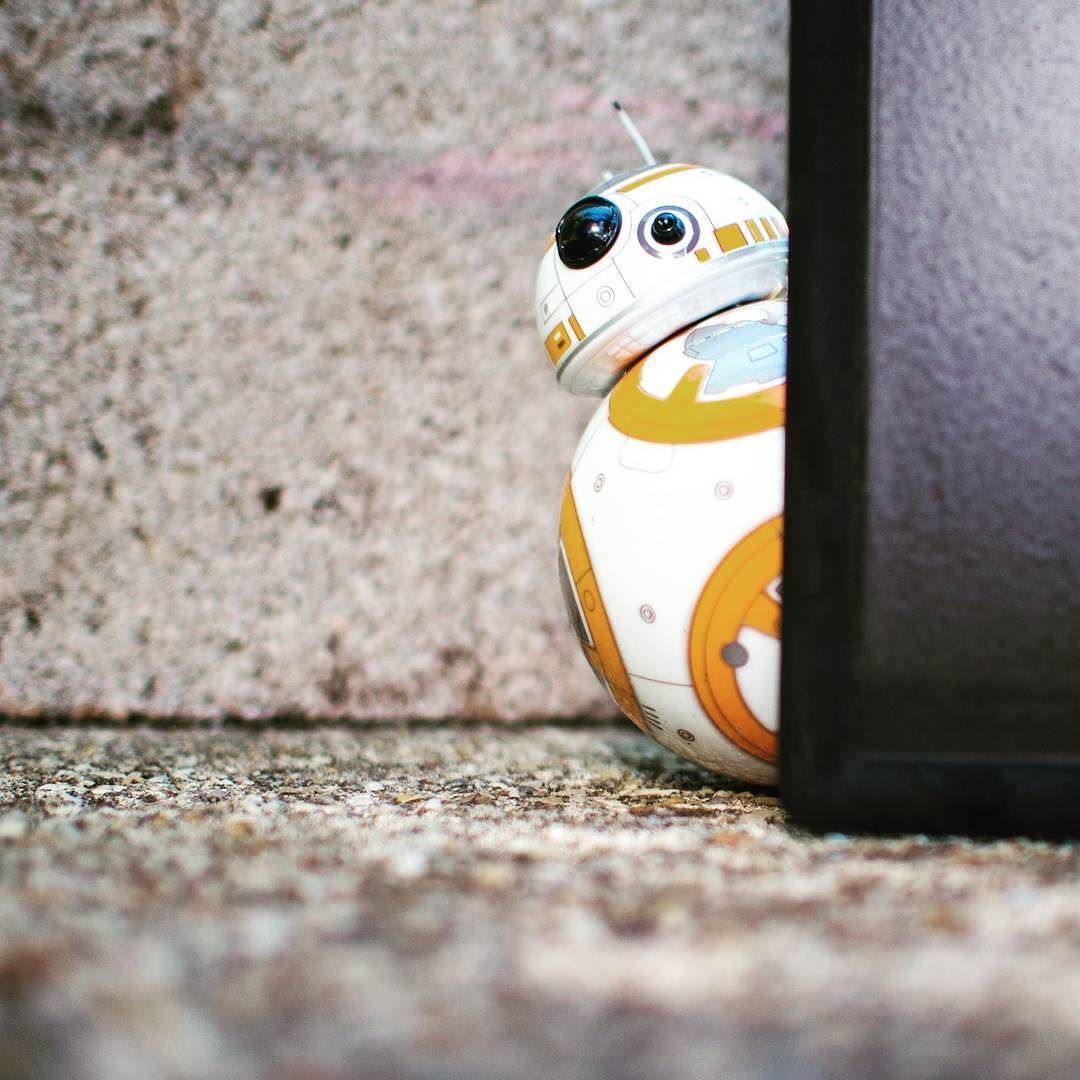 #MayThe4thBeWithYou ... (And seriously if you've never played with BB-8 from @gosphero you've got to give it a try! He's so much fun!) #starwars #bb8 #sphero #android #tech #ios #droid by androidcentral on Instagram https://goo.gl/9JYXYP