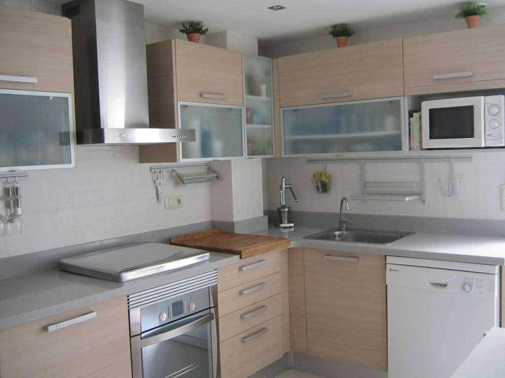 Cocinas madera clara image search cocina for Colores en cocinas pequenas