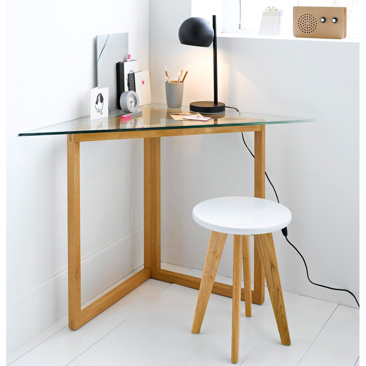 bureau d 39 angle working area pinterest bureaus small spaces and spaces. Black Bedroom Furniture Sets. Home Design Ideas