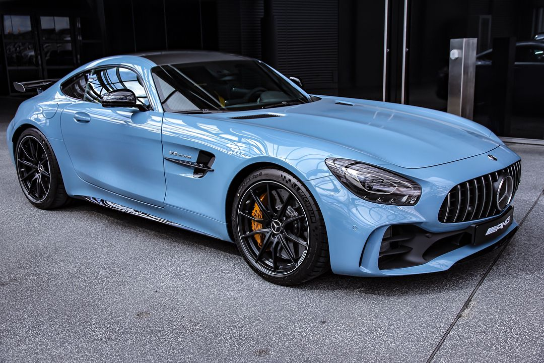 "Mercedes-Benz Berlin on Instagram: ""Chinablue addiction! �� #MBBerlin #MBDetail . [@mercedesamg GT R - Kraftstoffverbrauch kombiniert: 11,4 l/100 km 