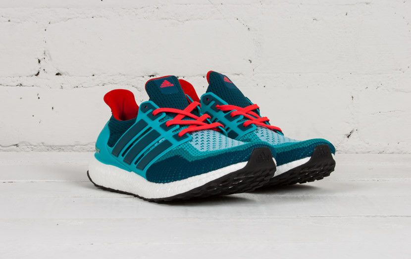 d548860563c4b adidas-ultra-boost-teal-red-5