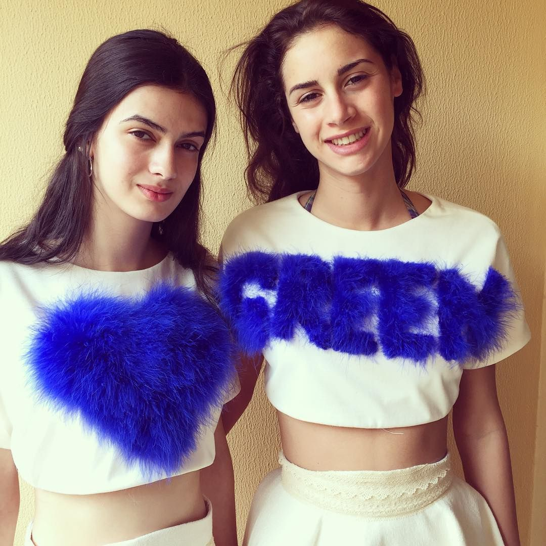 #etiennejeanson #love #green w @hello_its_vicky & @veronicafaverzani #couture #BlueHeartForTheEarth #collection in #Abudhabi #girls #fashion #sustainability #experience @majormodelsmilan @gdmajorentertainment #green #climate #environment #recycled #organic #cotton #blue #heart #model #girl #ootd #paris #luxe #consciousness www.conscious-ness.com @unitednations @unfccc