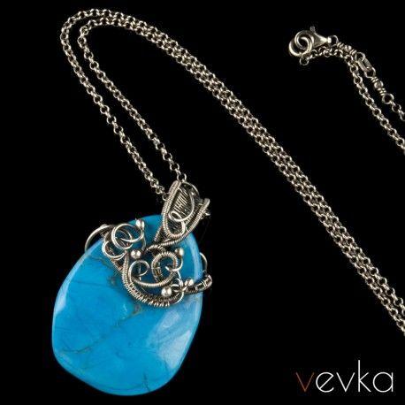 Wisior Z Turkmenitem Niebianskie Zony Lakowych Maryjczykow Vevka Pl Autorska Bizuteria Artystyczna Jewelry Necklace Pendant Jewelry Pendant Necklace